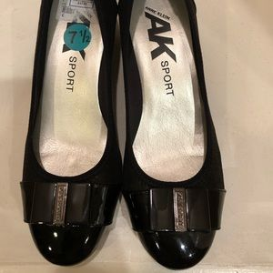 Anne Klein Sport Wedge shoe, size 7-1/2